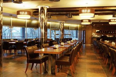 Зал на втором этаже ресторана