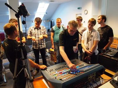 Обсуждение практических  задач, с которыми сталкиваются звукорежиссеры