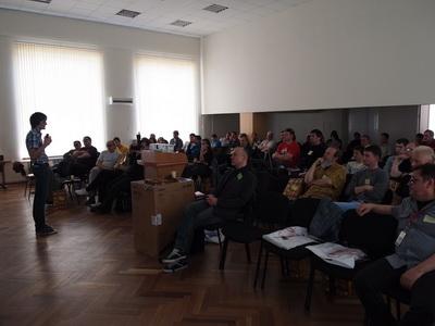 Аудитория во время презентации Midas  PRO2C